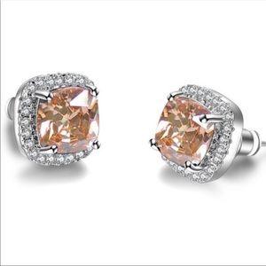 ⭐️Sale⭐️ Champagne topaz earring studs
